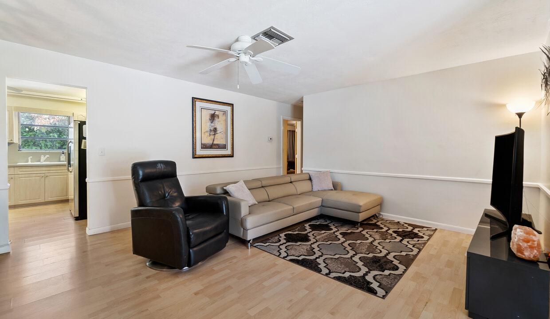1890 NE 33rd Ave Fort Lauderdale, FL-15